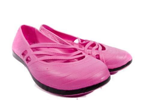 contrast-fashion-clogs-pink-500x500